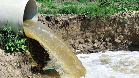 Eliminar las aguas con salmuera