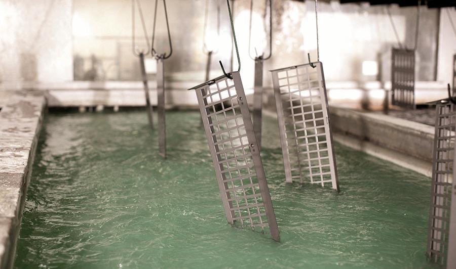 Depurar las aguas residuales en el tratamiento de superficies metálicas